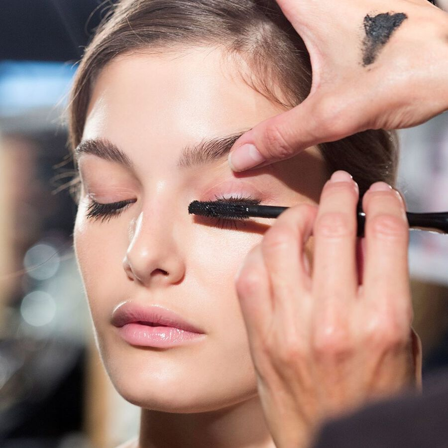 What Is A Tubing Mascara And Should You Be Using One?