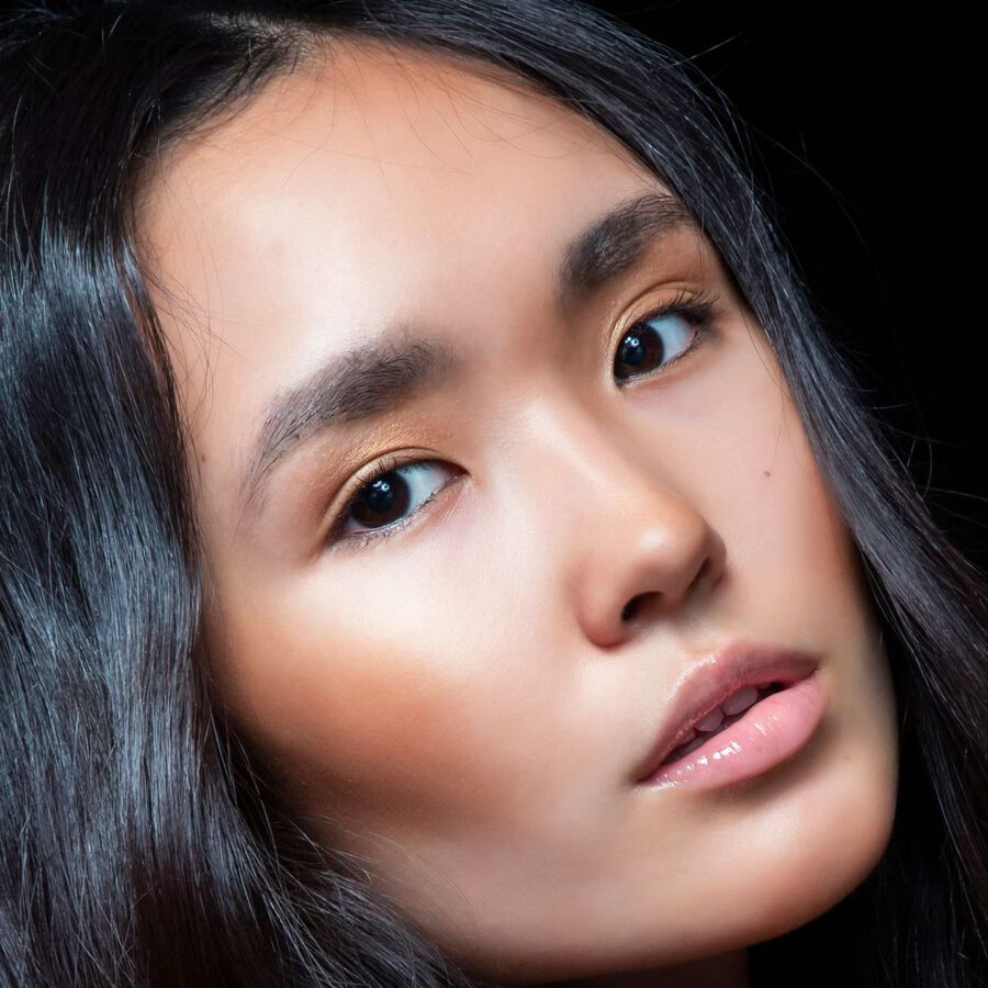 IN FOCUS | How To Make Your Summer Glow Last Longer