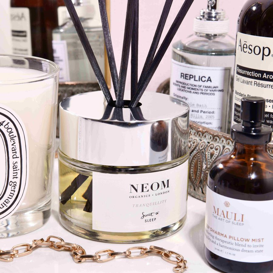 IN FOCUS | The Uplifting Self-Care Scents For Twixmas