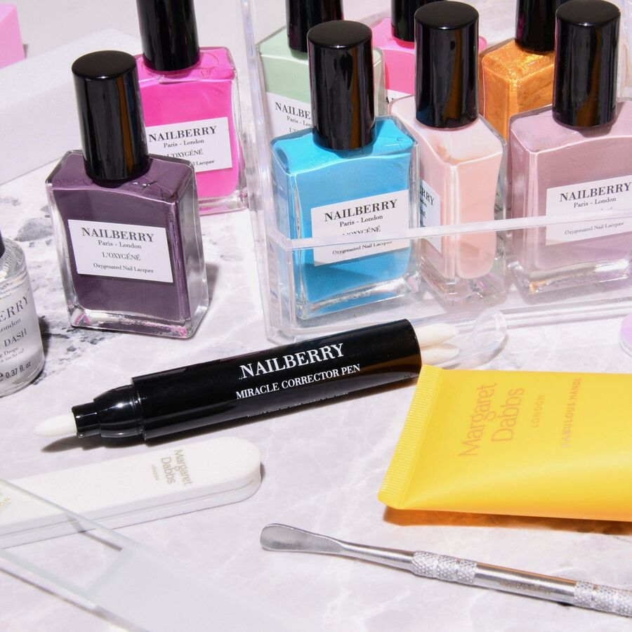 IN FOCUS | How To Create An Uplifting Mani