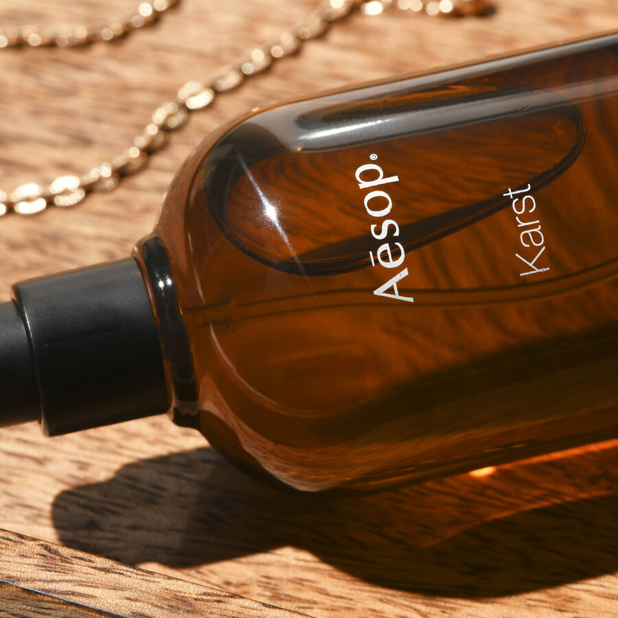 IN FOCUS | How To Layer Your Fragrance