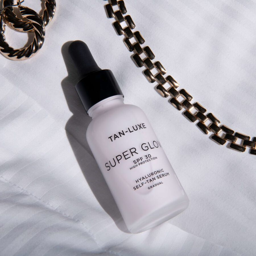 MOST WANTED | Five Reasons You'll Love The NEW Tan-Luxe Super Glow SPF