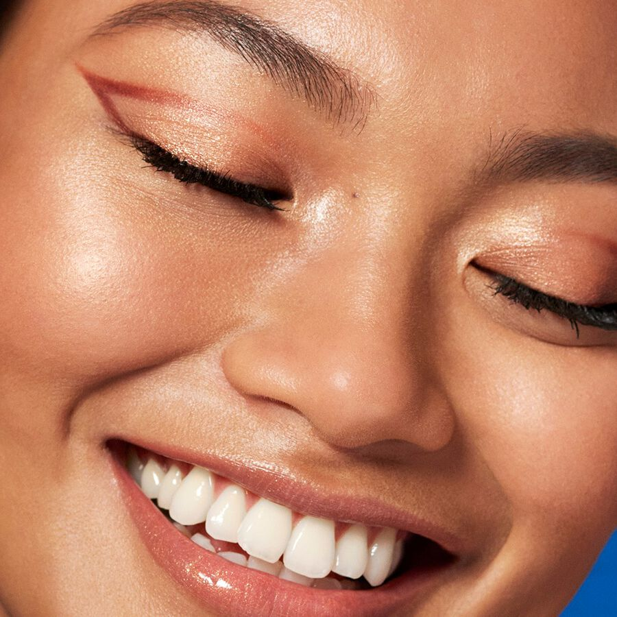 LOOK BOOK   Six Easy Ways To Refresh Your Eyeliner