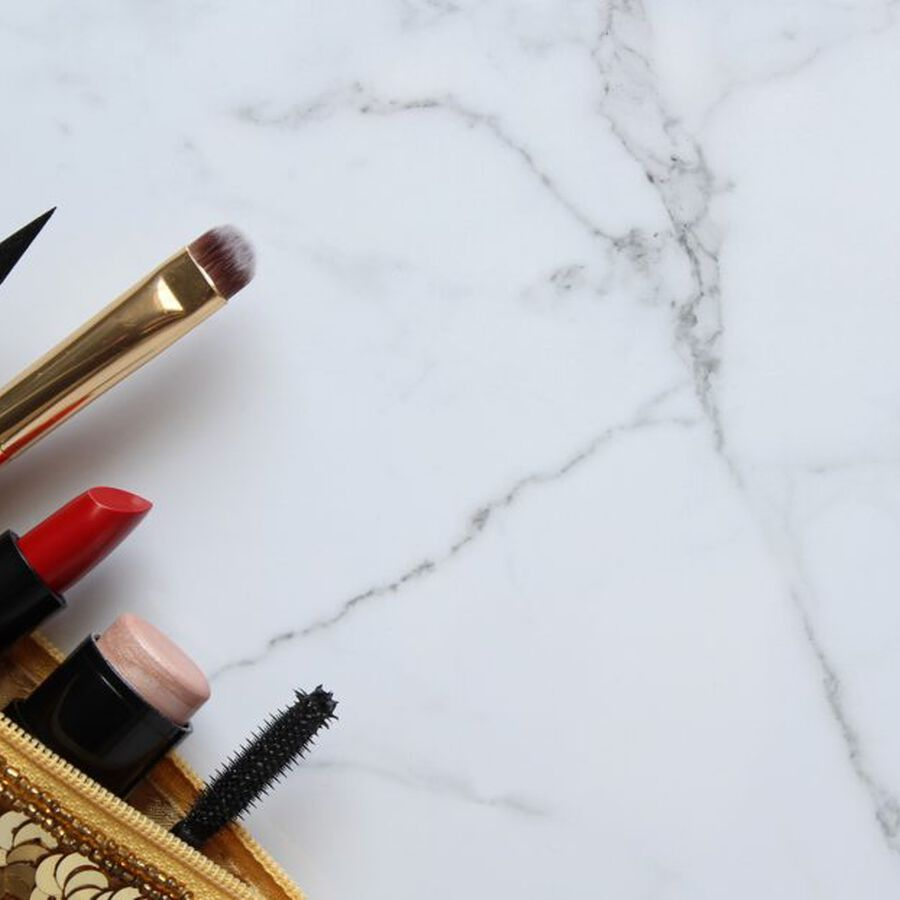 THE ART OF | Streamlining Your Makeup Bag