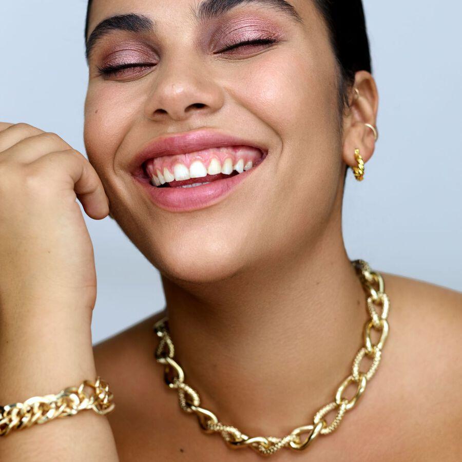 FEEL-GOOD TIPS | Nineties-Inspired Party Makeup
