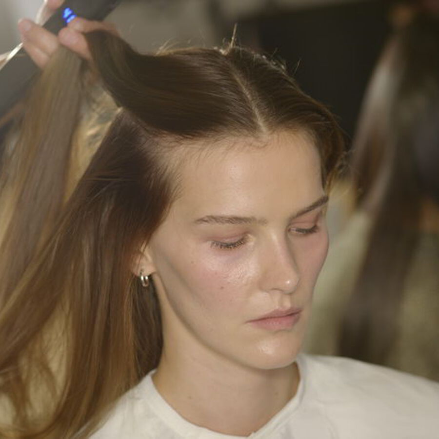 THE ART OF | How To Use Dry Shampoo