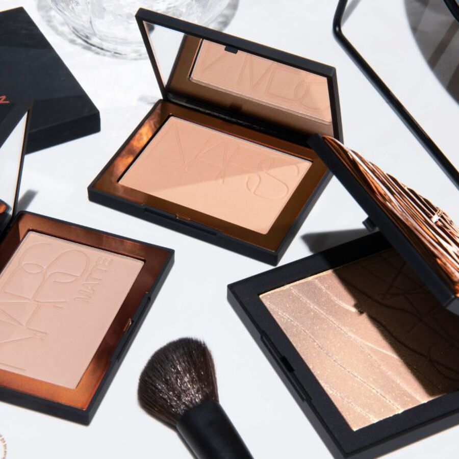 IN FOCUS | At-Home Hacks: Quick And Easy Bronzing Tips