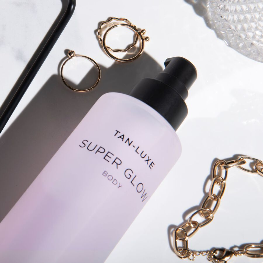 AT A GLANCE | Our Favourite Tan-Luxe Products