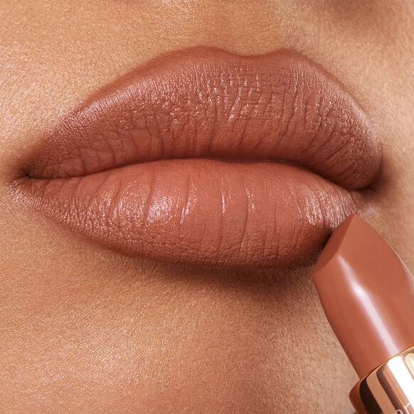 Matte Revolution Lipstick - Limited Edition, CATWALKING, large, image3