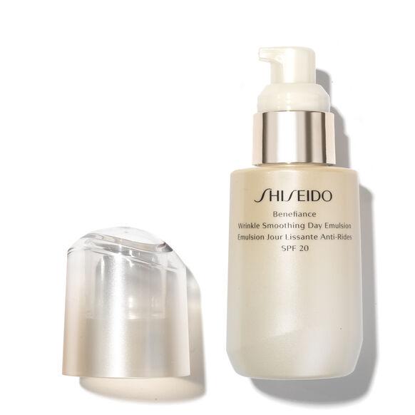 Benefiance Wrinkle Smoothing Day Emulsion SPF 20, , large, image2