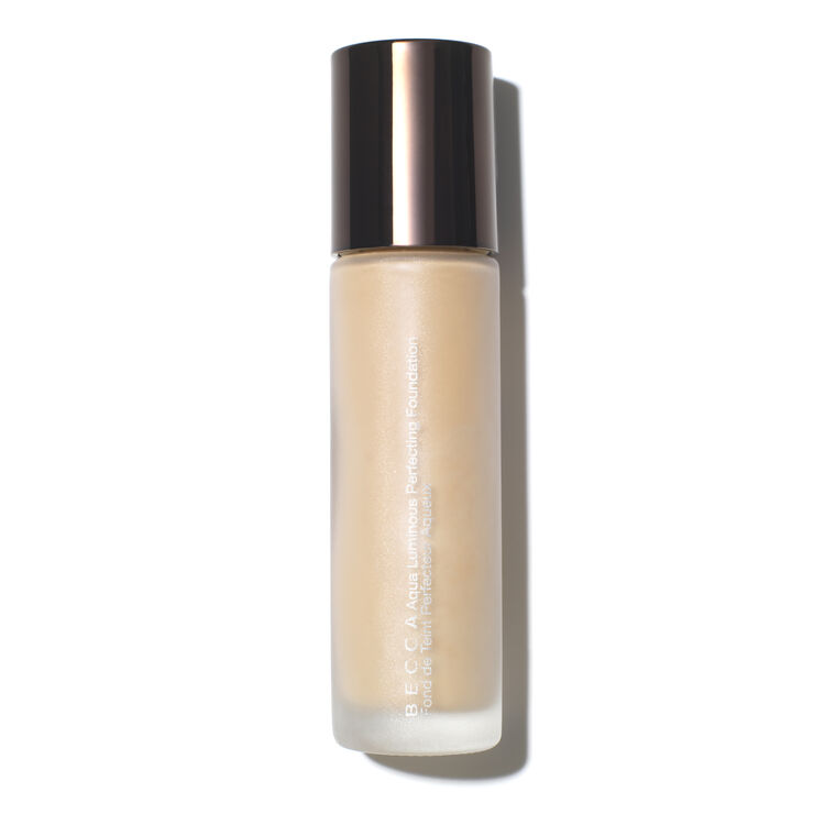 Aqua Luminous Perfecting Foundation, , large